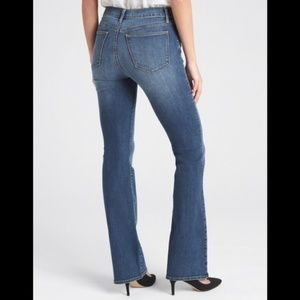 Gap Mid Rise Perfect Boot cut Jeans 27